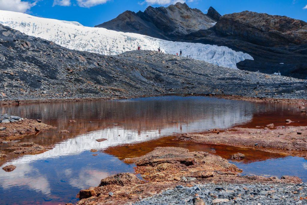 Photo d'un glacier d'un parc naturel de huascaran au Pérou, pour illustrer l'entrée en vigueur du Pérou dans le programme PVT